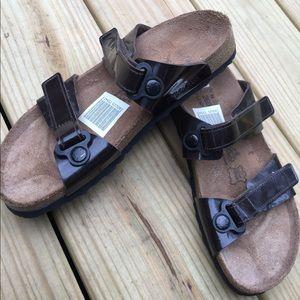 Birkenstock Brown Patent Leather Sandals 9M/40